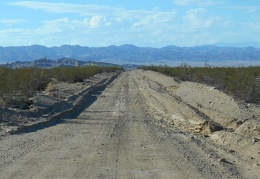 Driving straight toward the Owlshead Mountains, Harry Wade Road looks to have been graded recently