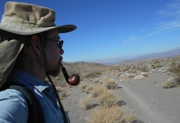 Feeling quite relaxed, I finish up my pipe of Orlik Golden Slices tobacco and start my hike toward the Crystal Hills