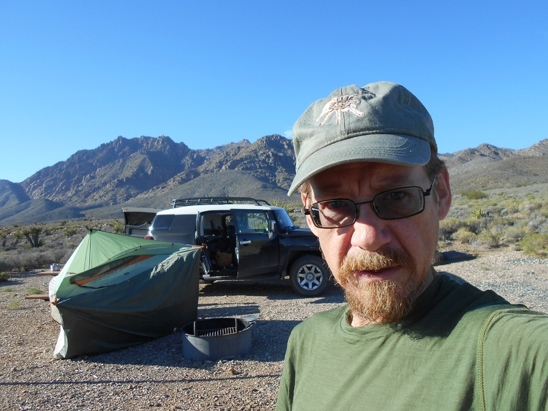 My tent blows over in the wind while packing up to leave Horse Thief Spring campground!