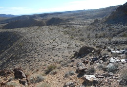 One last look across the sparse Broadwell Mesa area before heading up the canyon...