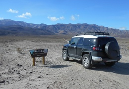 After a tasty Panamint Springs buffet breakfast, I drive over to the Nadeau Trail