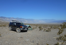I made it to this campsite in Saline Valley last night at the bottom of Lippincott Road