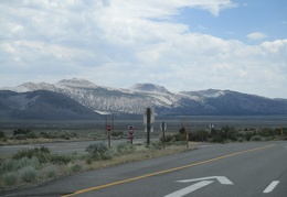 A drive down Hwy 395 and I see Crater Mountain again